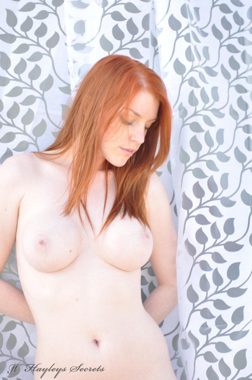 Glamour babe Fi Stevens gets nude & proves she has pretty ginger ...